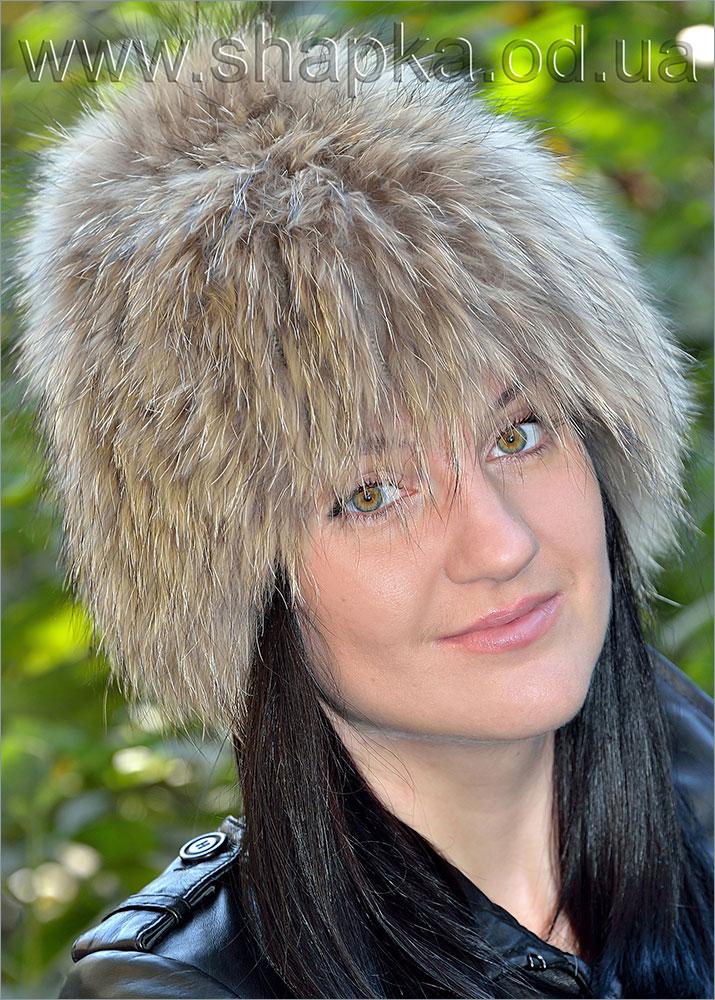 Женская меховая шапка (енот) арт. 16502
