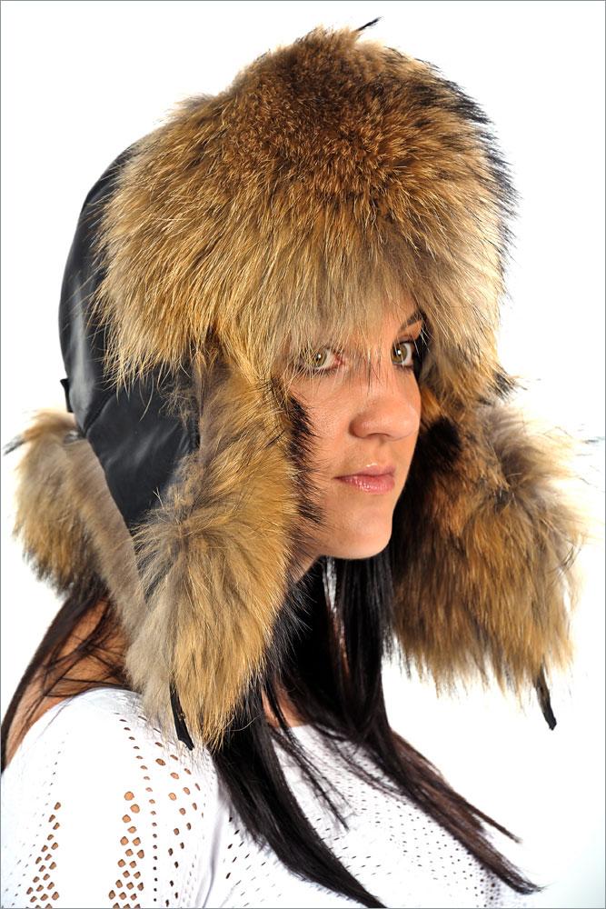 Женская шапка-авиатор (енот) арт. 52